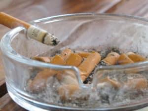 Rauchen verschlechtert das Hautbild